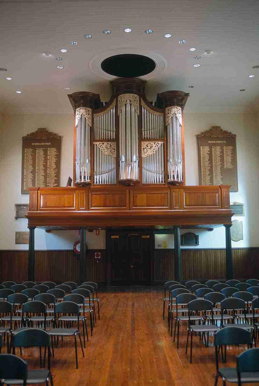 Sydney Grammar School, Australia - Mander Organs