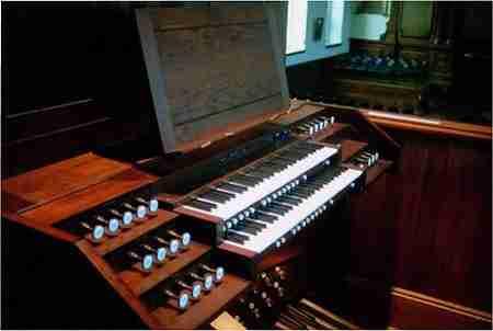 Sydney Grammer School Organ Console