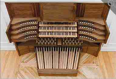 Chestnut Hill Organ Console