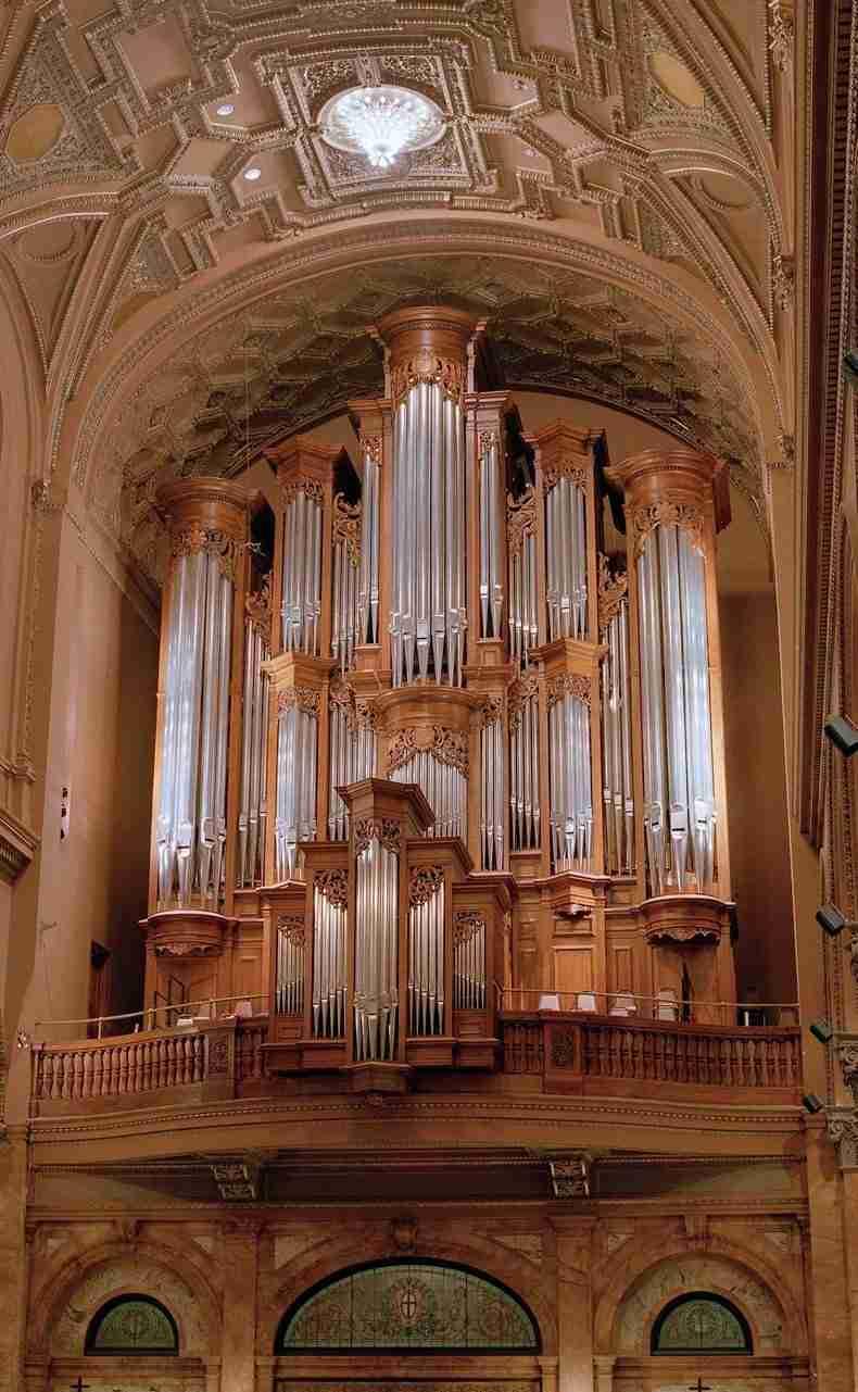 St Ignatius Loyola, New York, USA - Mander Organs