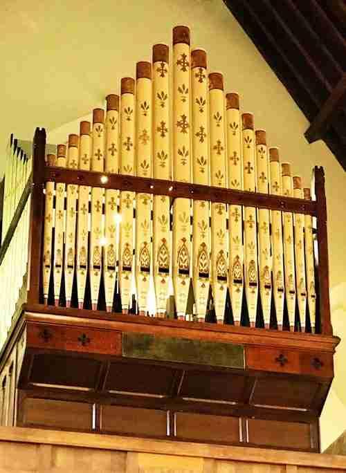 St Edwards Organ